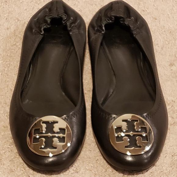 TORY BURCH Sz 7 Reva Ballet Flats Shoes Black Leather Silver Logo